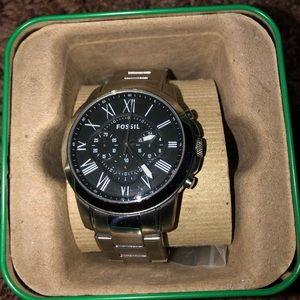 FOSSIL Mens Authentic Stainless Steel Silver Watch